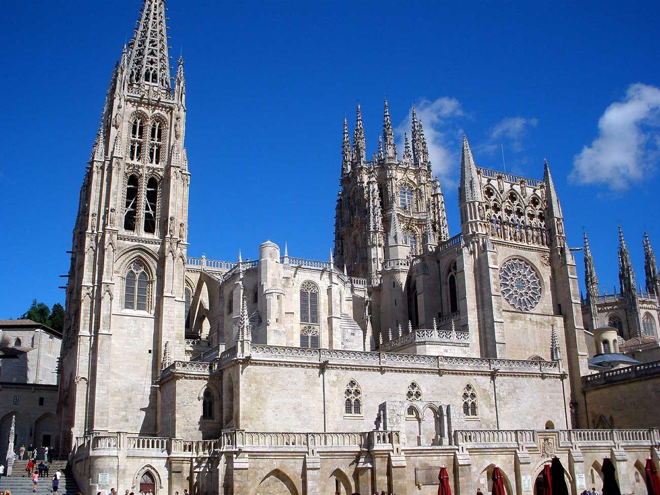 La catedral de Burgos… ¿Es gótica o barroca?